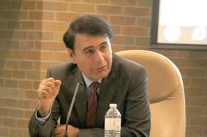 دکتر هوشنگ حسن یاری: تنها امکان از بین رفتن  تهدید جنگ علیه ایران اراده ای دیپلماتیک است