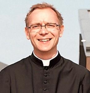 جفری استینسون کشیش منطقه اتوبیکوک: یکی از افرادی که به کلیسای ما میآمد مرا با نوروز آشنا کرد