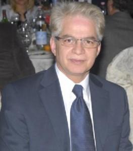 دکتر فرخ زندی رییس کنگره ایرانیان